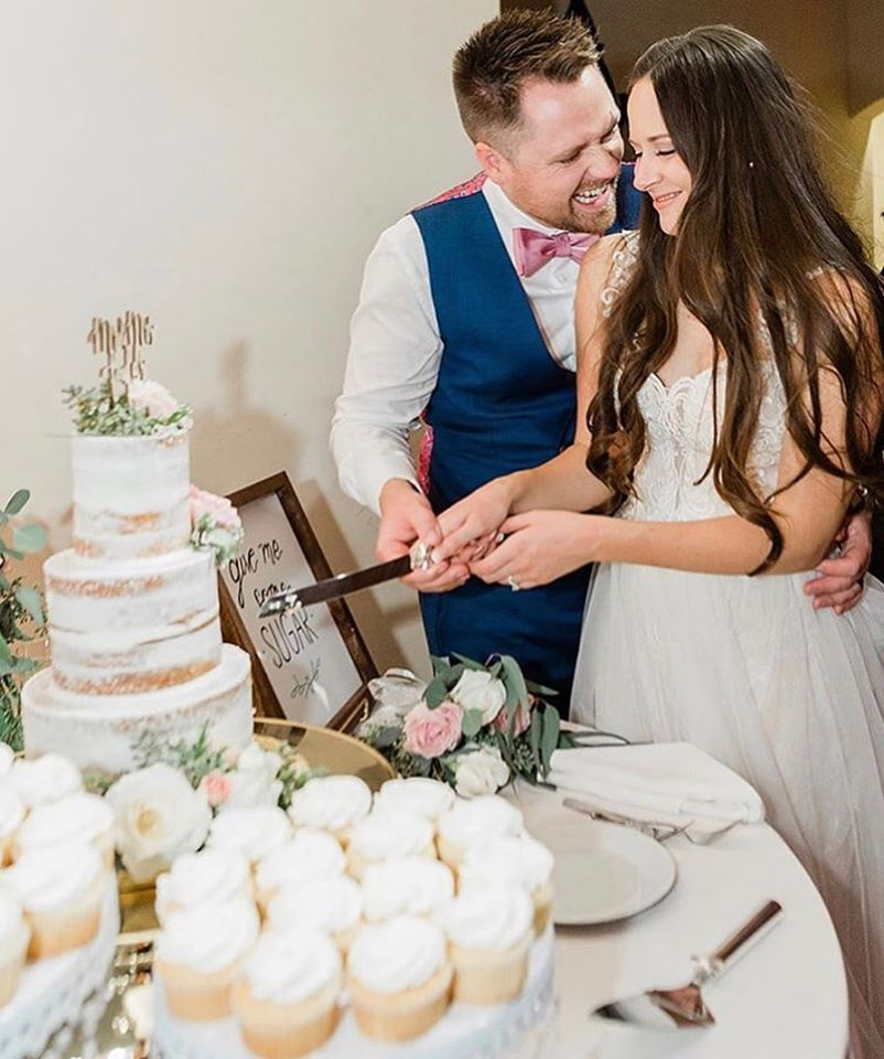 Your wedding budget can be manageble - if you approach it the right way!