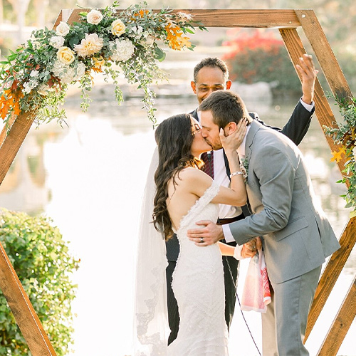 Ocotillo Oasis by Wedgewood Weddings First Kiss
